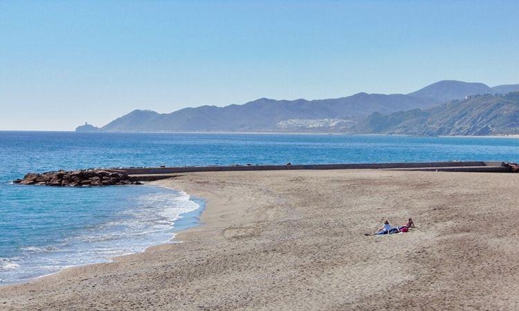 Playa de la Piedra Villazar (Mojácar)