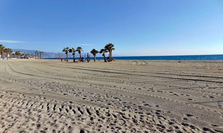 Playa de La Bajadilla (Roquetas de Mar)