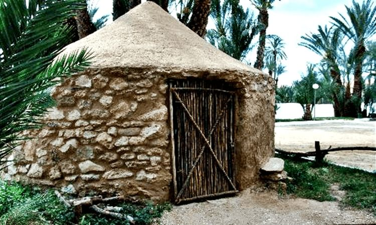 The Eneolithic Cabin (Vera)