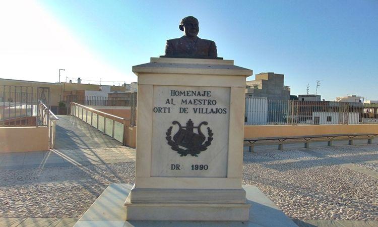 Plaza Vieja (Adra)