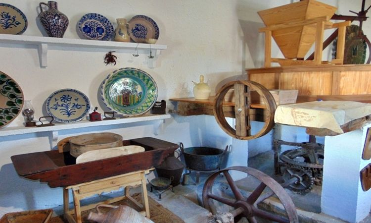 Mill of the Place Museum (Adra)
