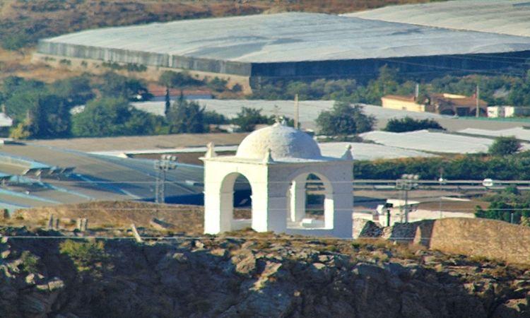 La Santa Cruz (Dalías)