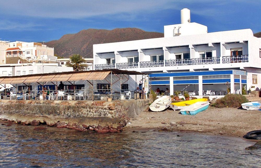Hostal La Isleta - La Isleta del Moro (Almería)