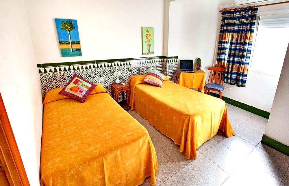 Estacion Hostel - Almeria