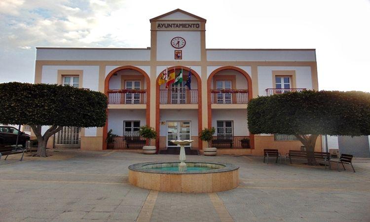 Plaza de la Constitución (Enix - Almería)