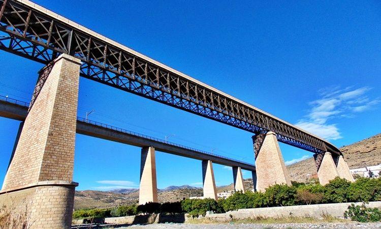 Puente Eiffel (Santa Fe de Mondújar - Almería)