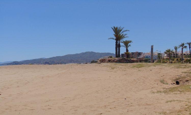 Playa Las Palmeras (Pulpí - Almería)