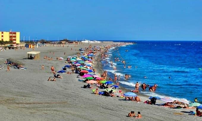 Sirena Loca Beach (Adra)