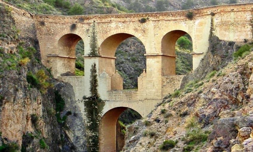 La Puente (Alhama de Almeria)